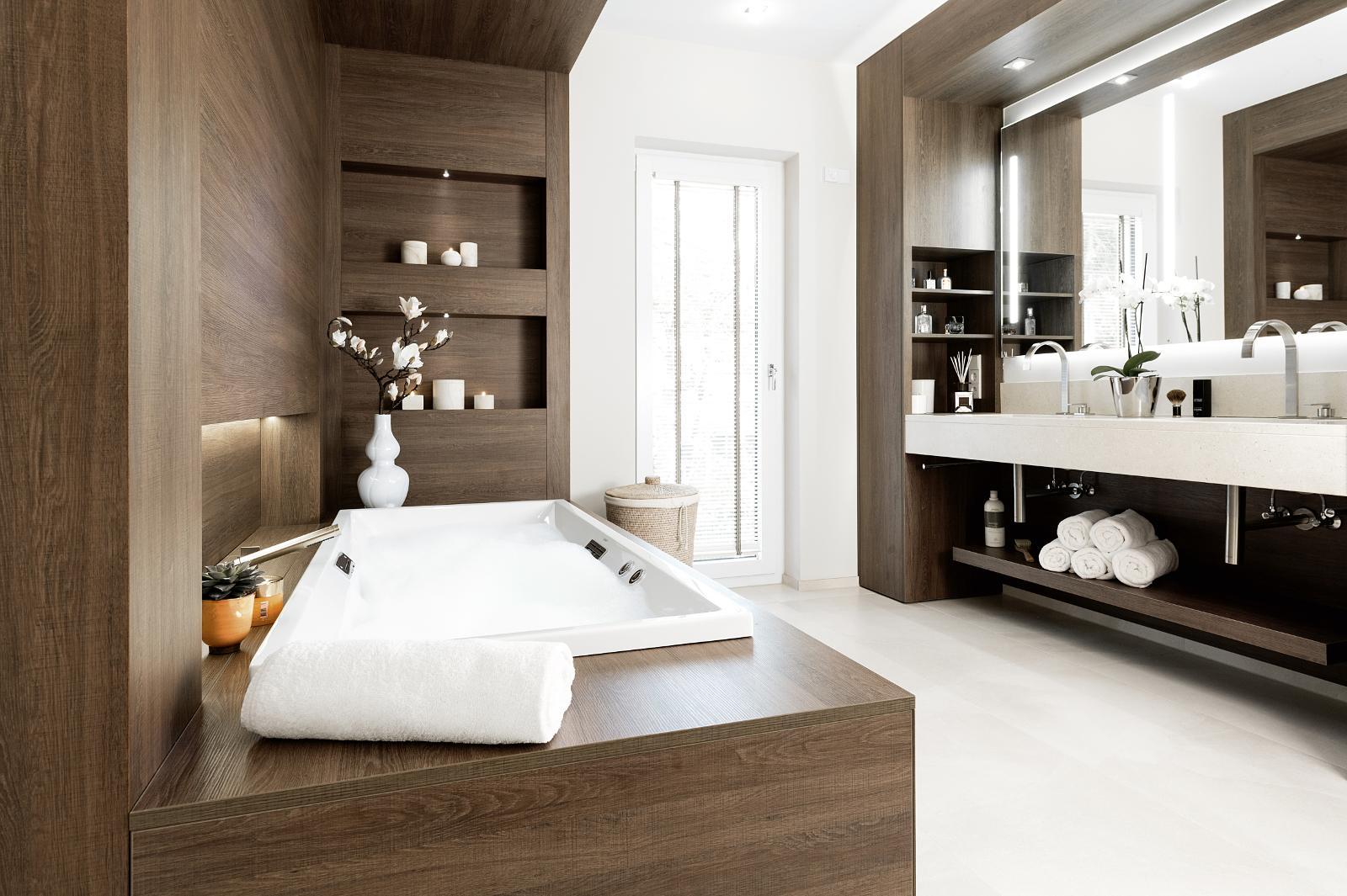 Holz im Badezimmer | Laabs | Potsdam-Drewitz | (Berlin-Brandenburg ...
